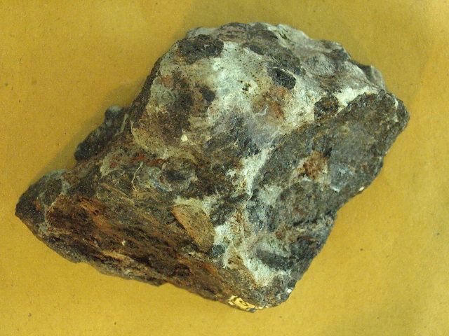 GMGA - Grupo de Mineralogia e Geoquímica Aplicada - 513